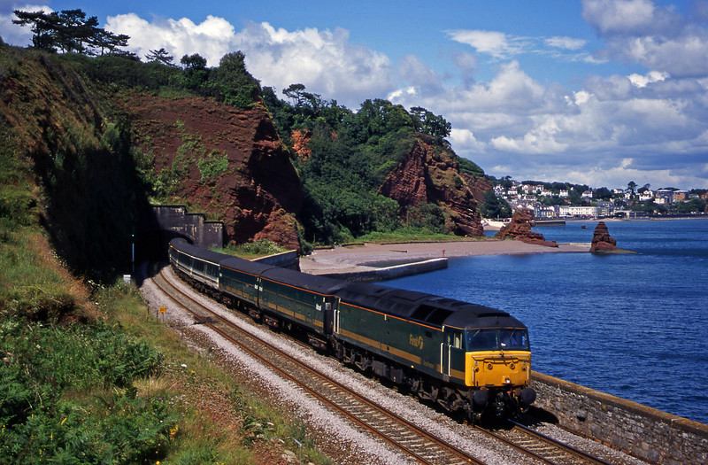 47846, 12.03 London Paddington-Penzance, Horse Cove, Dawlish, 11-7-00.