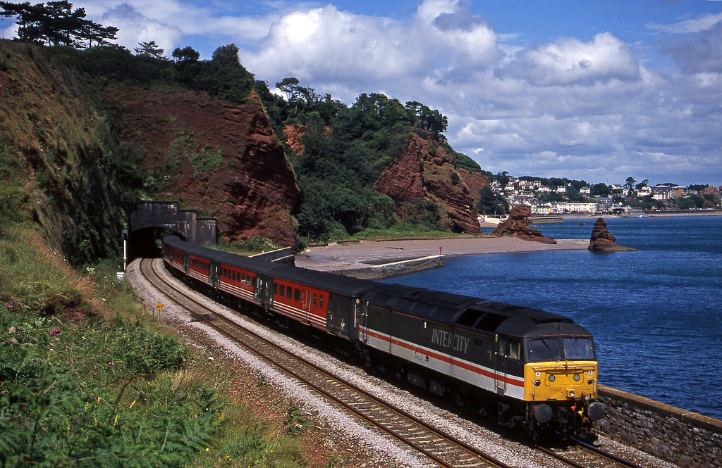 47847, 09.13 Liverpool Lime Street-Plymouth, Horse Cove, Dawlish, 11-7-00.