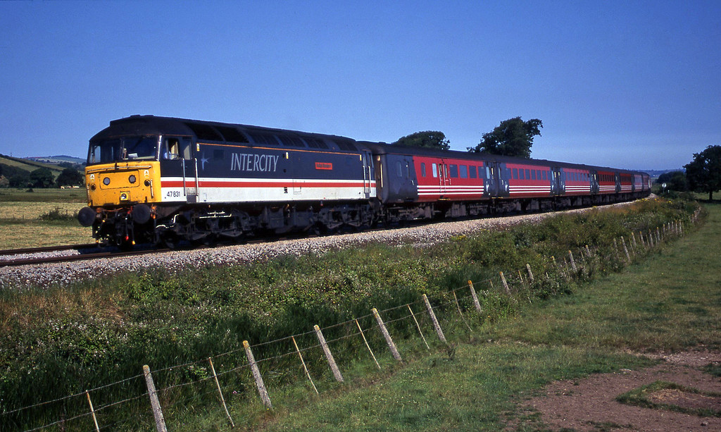 47831, 06.05 Derby-Plymouth, Powderham, near Exeter,18-7-00.