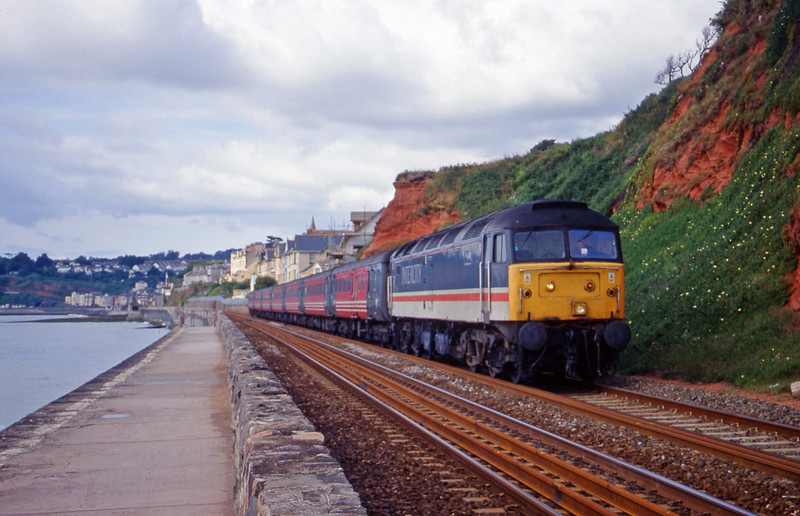47828, 08.58 Paignton-Edinburgh, Dawlish, 8-7-00.