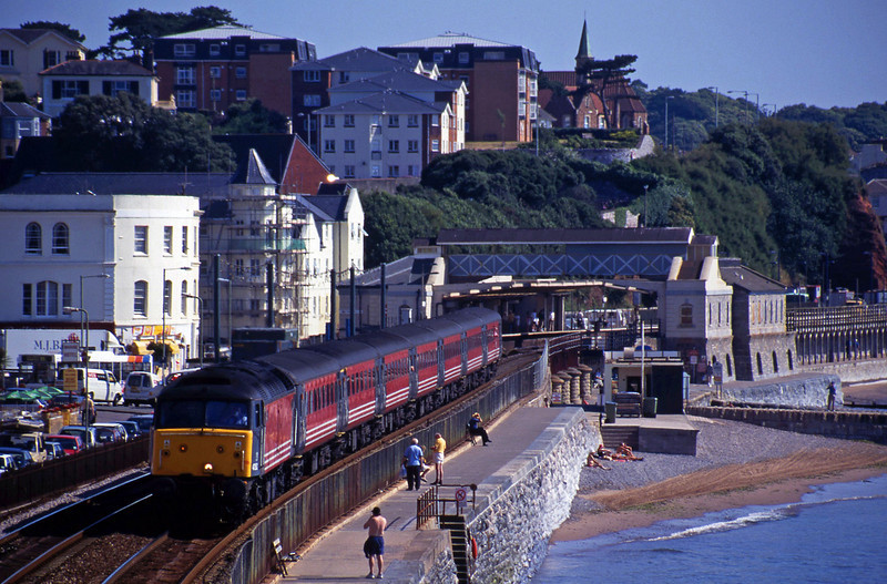 47853, 06.05 Derby-Plymouth,  Dawlish, 19-7-00.