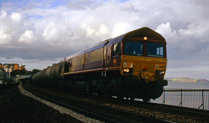 66219, 13.34 Fawley-Plymouth Tavistock Junction Yard, Dawlish, 11-7-00.