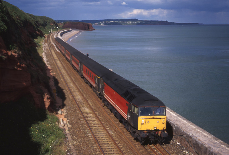 47818, 08.40 Glasgow-Penzance, Dawlish, 11-7-00.