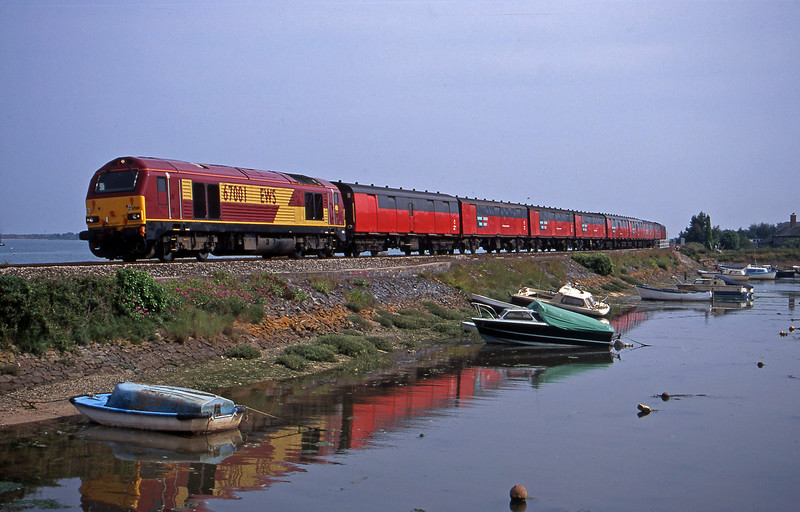 67001, 15.09 Plymouth-Low Fell, Cockwood Harbour, near Starcross, 28-6-00.