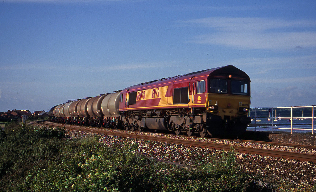 66078, 13.34 Fawley-Plymouth Tavistock Junction Yard Cockwood Harbour, near Starcross, 6-6-00.