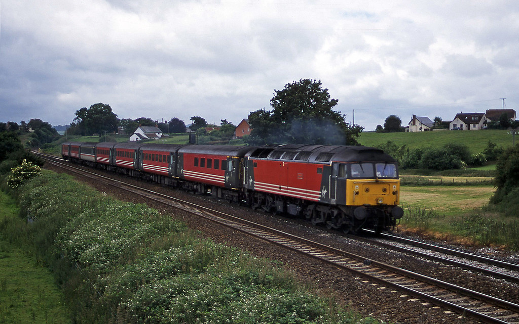 47814, 11.50 Plymouth-Liverpool Lime Street, Rewe, near Exeter, 21-6-00.
