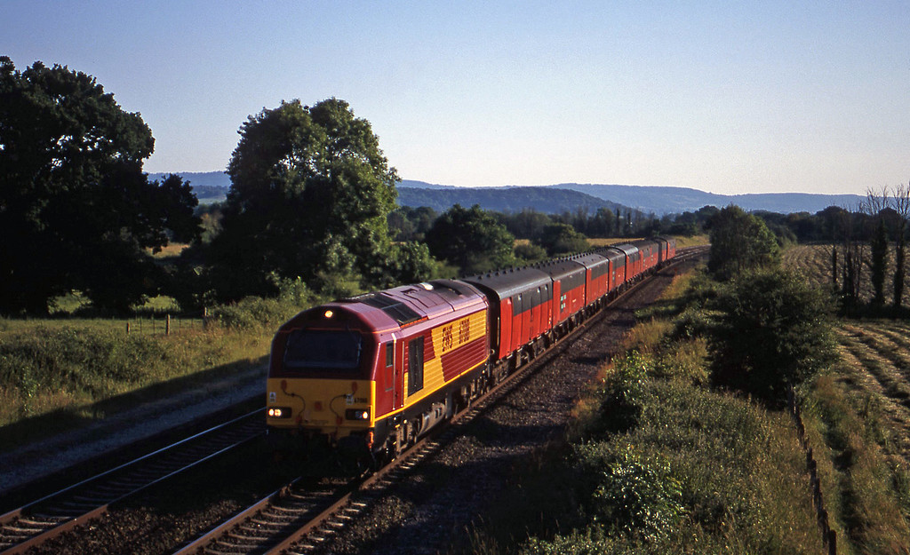 67018, 17.23 Plymouth-Low Fell, Cogload, 26-6-00.