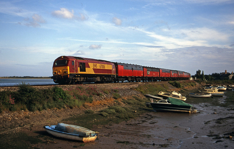 67006, 17.23 Plymouth-Low Fell, Cockwood Harbour, near Starcross, 20-6-00.