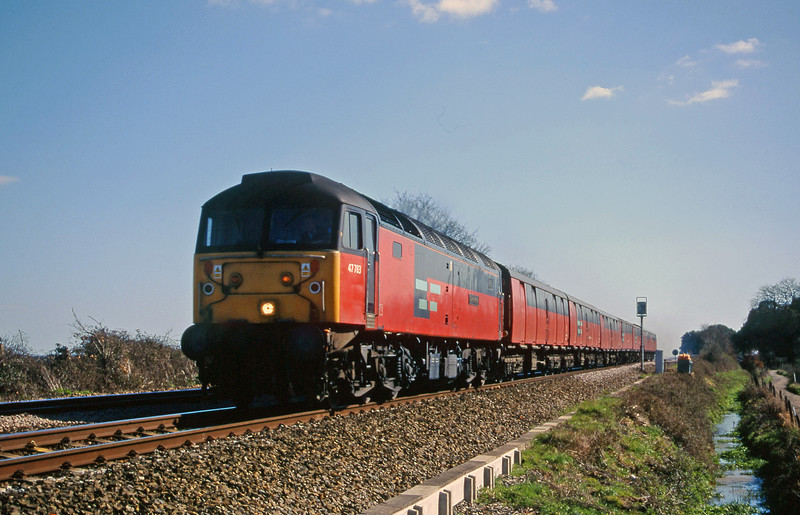 47783, 12.44 Plymouth-Glasgow, Powderham, neat Exeter, 15-3-00.