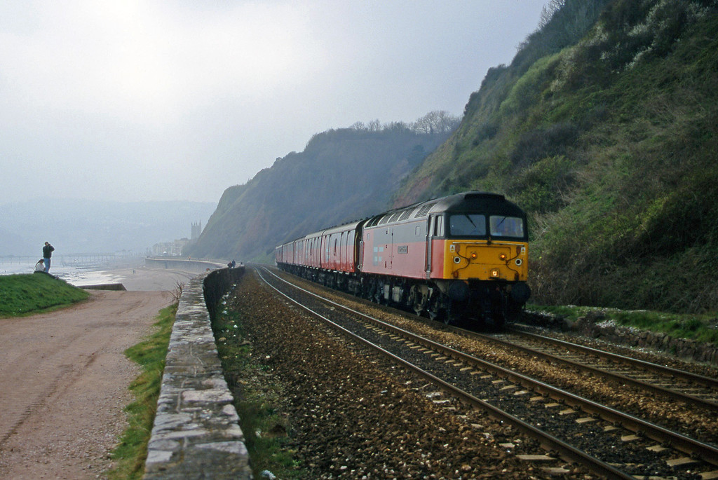 47792, 12.44 Plymouth-Glasgow, Teignmouth, 21-3-00.