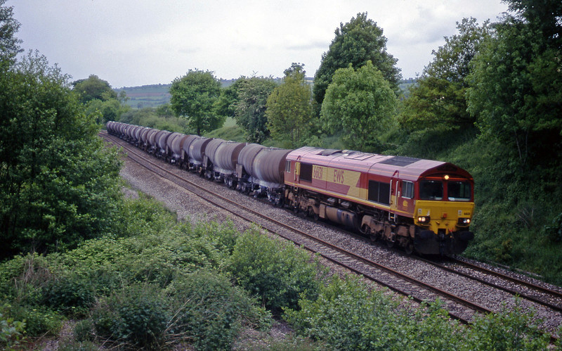 66131, 09.40 Burngullow-Newport Alexandra Dock Junction, Whiteball, 24-5-00.