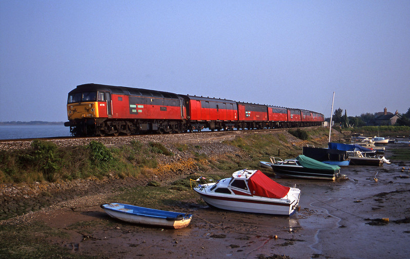 47736, 17.23 Plymouth-Low fell, Cockwood Harbour, near Starcross, 5-5-00.