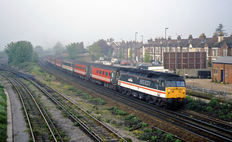 47810, 06.36 Poole-Liverpool Lime Street, Eastleigh, 9-5-00.