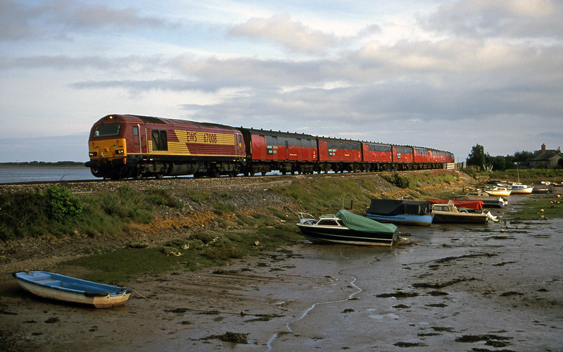 67008, 17.23 Plymouth-Low Fell, Cockwood Harbour, near Starcross, 22-5-00.