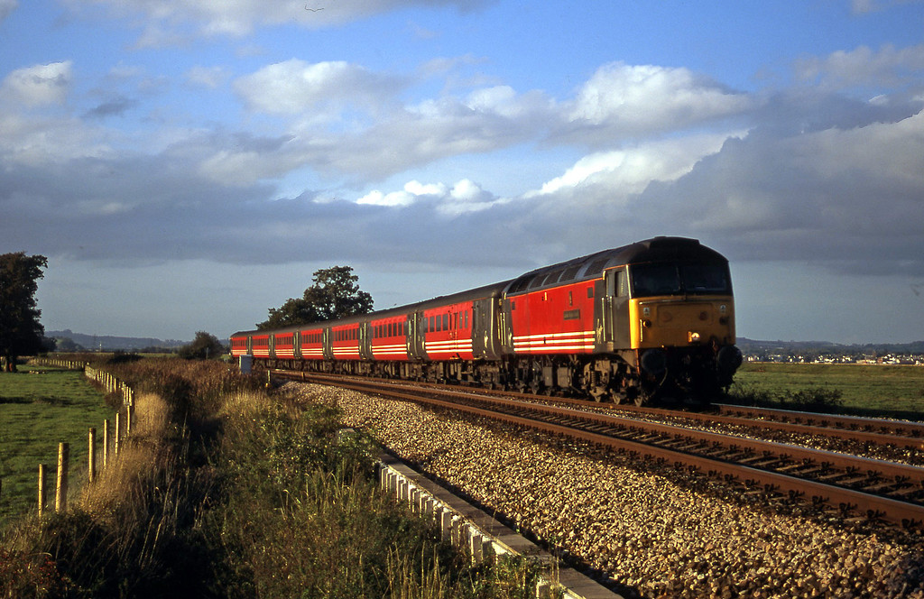47849, 08.40 Glasgow-Penzance, Powderham, near Exeter, 19-10-00.
