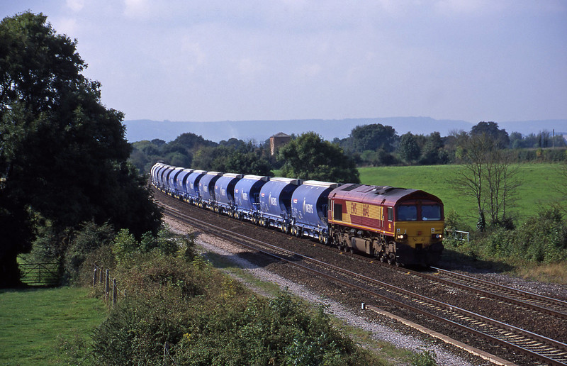 66143, Exeter Riverside Yard-Dollands Moor, Cogload, 4-9-00.