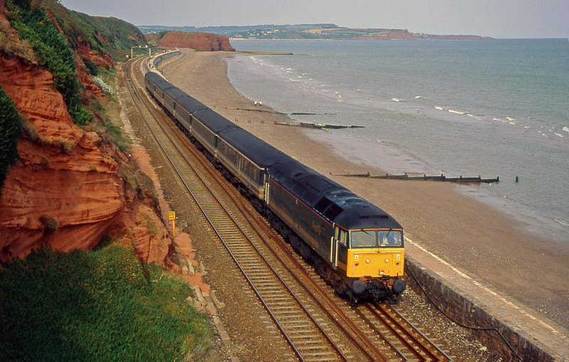 47830, 14.03 London Paddington-Plymouth, Dawlish, 4-9-00.