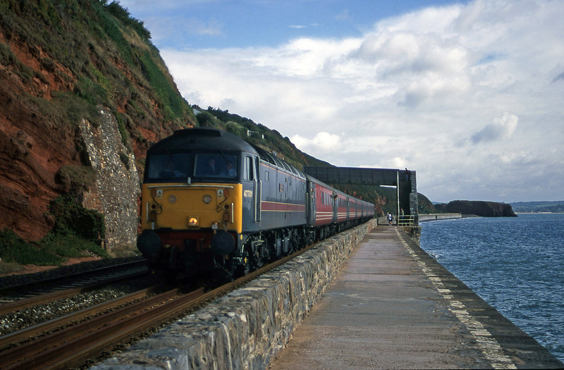 47701, 06.05 Derby-Plymouth, Dawlish, 1-9-00.