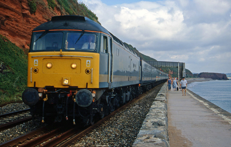 47816, 09.33 London Paddington-Penzance, Dawlish, 2-9-00.