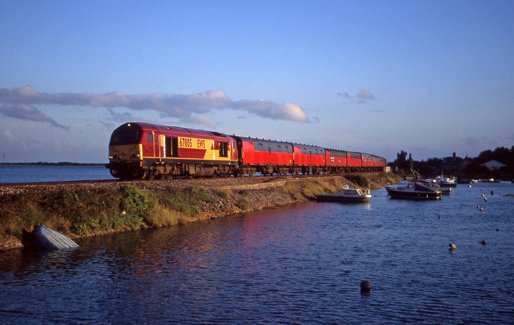 67005, 17.23 Plymouth-Low Fell, Cockwood Harbour, near Starcross, 26-9-00,