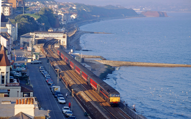 47701, 10.30 Glasgow-Penzance, Dawlish, 10-9-00.