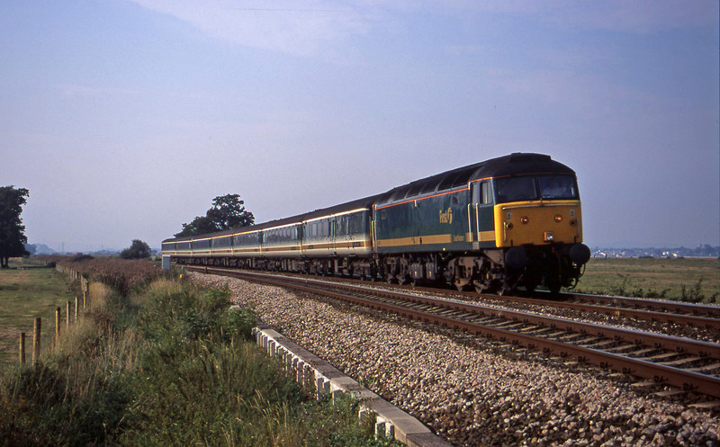 47811, 14.03 London Paddington-Plymouth, Powderham, near Exeter, 11-9-00.