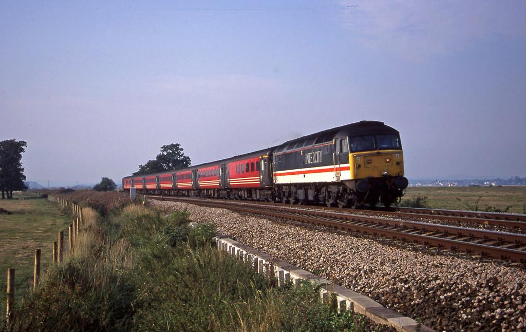 47826, 08.40 Glasgow-Penzance, Powderham, near Exeter, 11-9-00.