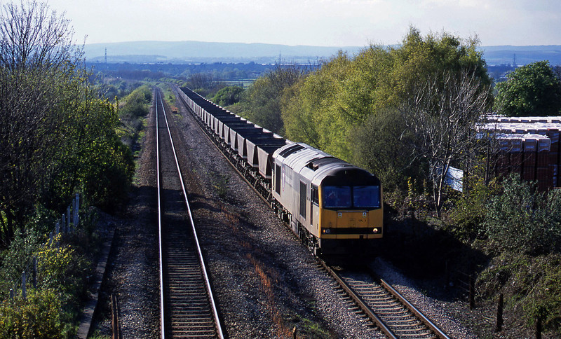 60065, up mgr empties, Cattybrook, Bristol, 30-4-01.