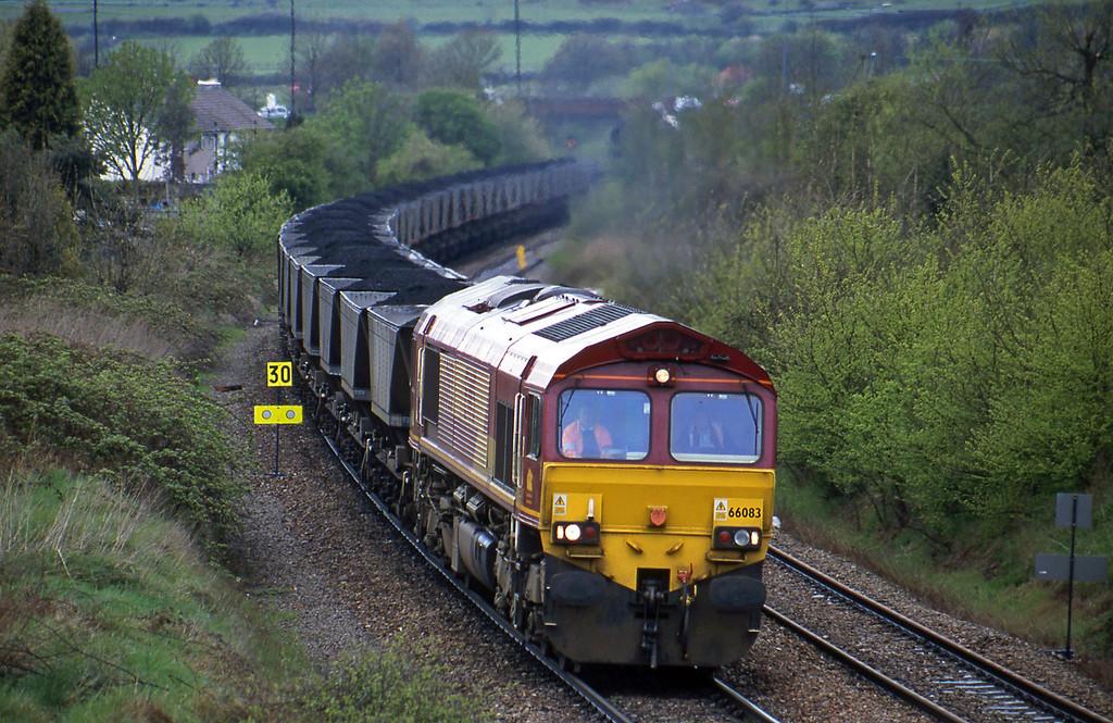 66083, up mgr, Brentry, Bristol, 25-4-01.