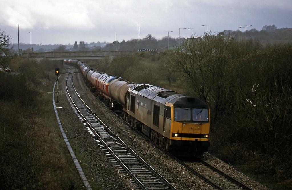 60058, 05.36 Robeston-Westerleigh, Brynna, near Bridgend, 10-4-01.