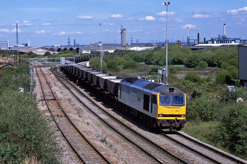 60092, Didcot Power Station-Avonmouth Bulk Handling Terminal, Hallen Marsh Junction, Avonmouth, 30-4-01.