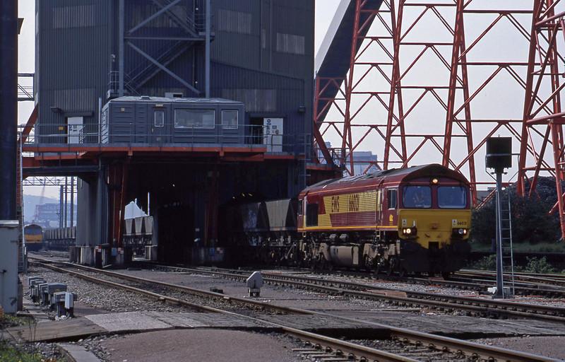 66201, loading mgr, Avonmouth Bulk Handling Terminal, 27-4-01.