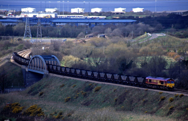 66206, up mgr, Hallen Marsh, Bristol, 3-4-01.