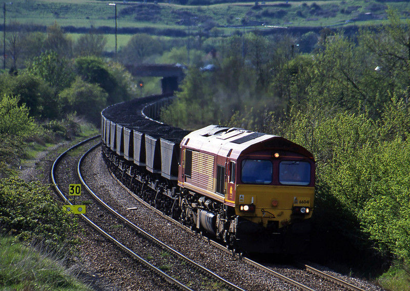 66041, up mgr, Brentry, Bristol, 30-4-01.