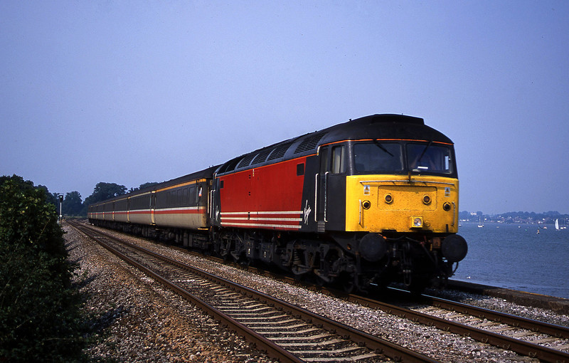 47829, 10.17 Manchester Piccadilly-Penzance, Powderham, near Exeter, 25-8-01.
