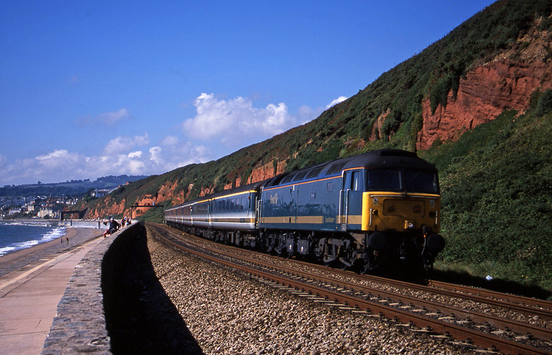 47832, 08.20 Penzance-London Paddington, Dawlish, 28-8-01.