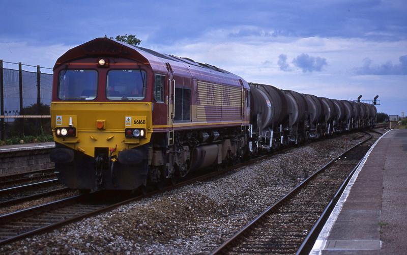 66168, 13.30 St Blazey-Exeter Riverside Yard, Dawlish Warren, 3-8-01.