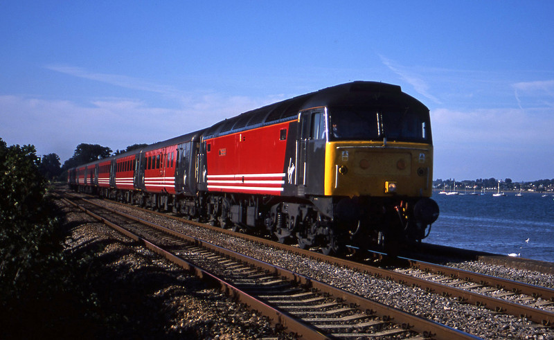 47854, 08.40 Glasgow-Penzance, Powderham, near Exeter, 28-8-01.