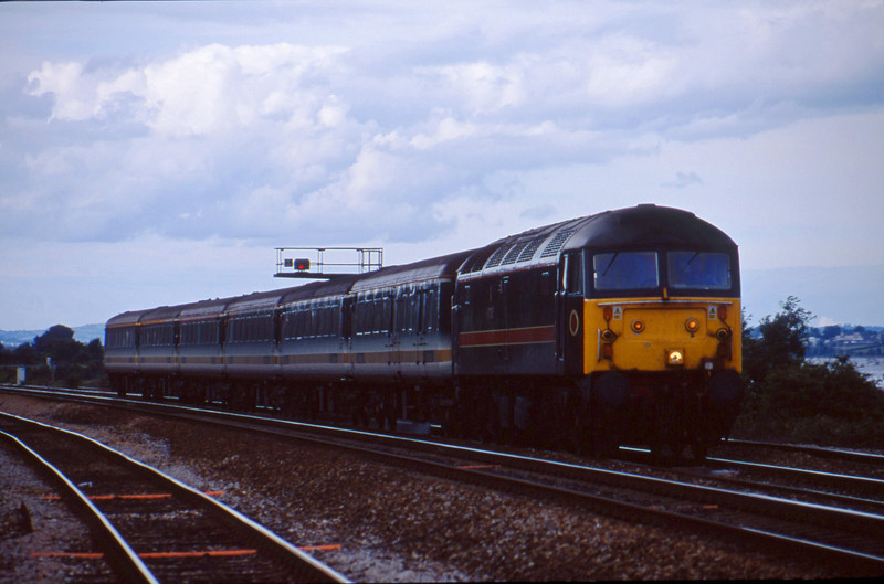 47712, 14.33 London Paddington-Plymouth, Dawlish Warren, 3-8-01.