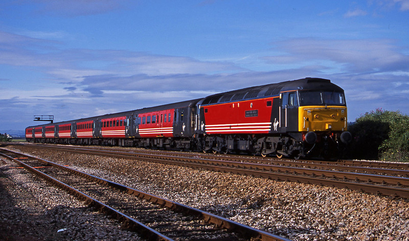 47828, 08.40 Glasgow-Paignton, Dawlish Warren, 11-8-01.