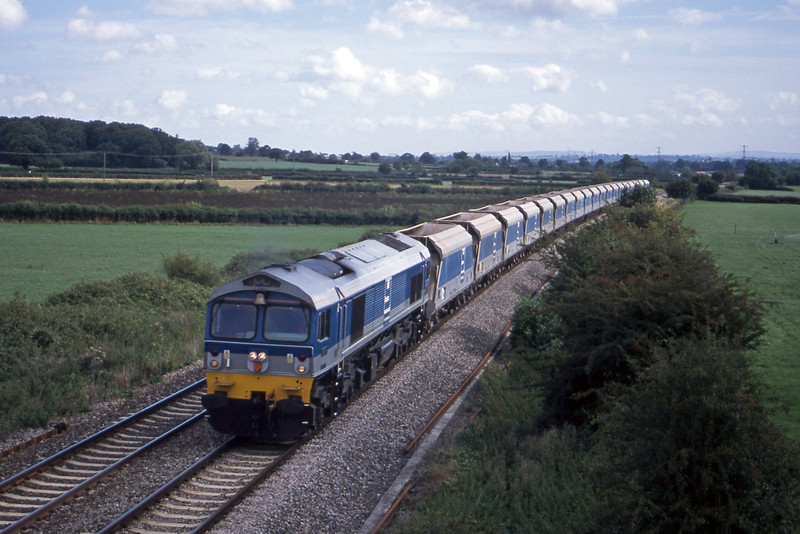 59001, 08.15 Theale-Merehead Quarry, Berkley Marsh, near Frome, 21-8-01.