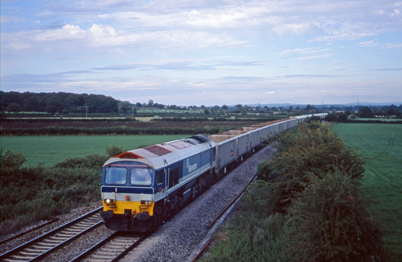 59104, 18.21 Westbury-Whatley Quarry, Berkley Marsh, near Frome, 21-8-01.