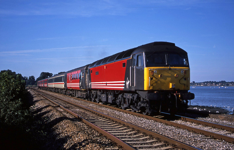 47747, 08.40 Glasgow-Penzance, Powderham, near Exeter, 27-8-01.