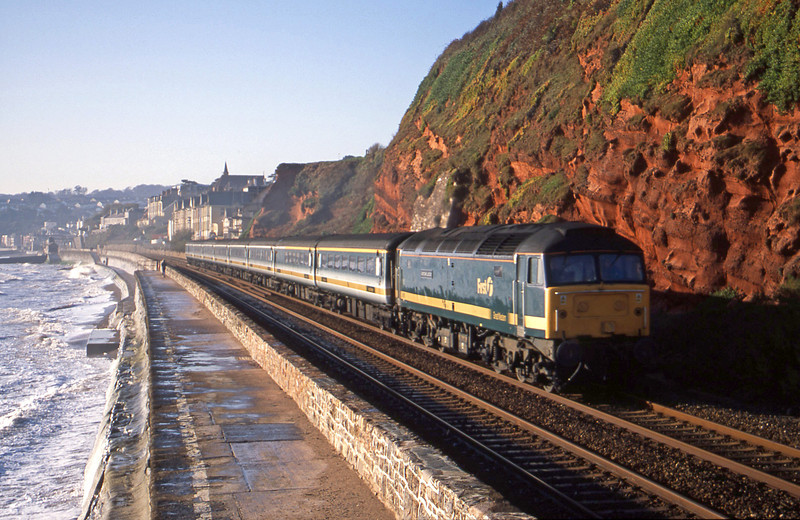47815, 08.20 Penzance-London Paddington, Dawlish, 11-12-01.
