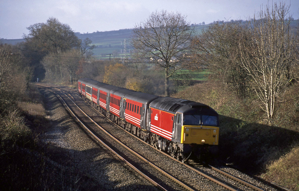 47810, 08.46 Penzance-Manchester Piccadilly, Whiteball, 5-12-01.
