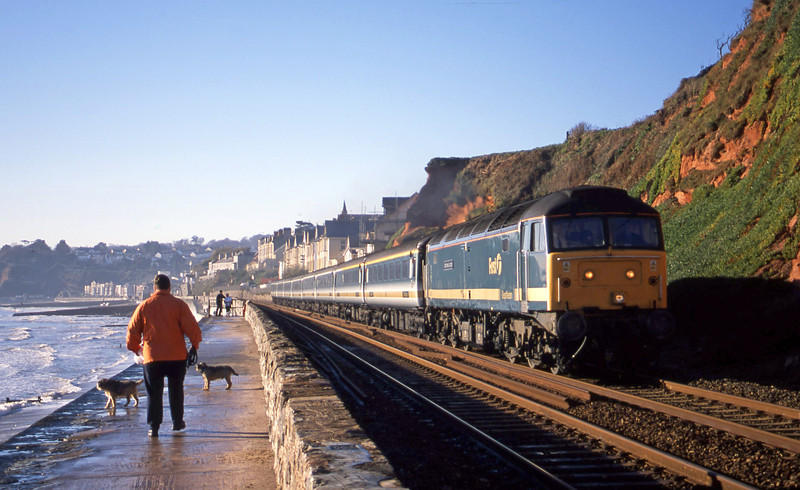 47815, 08.20 Penzance-London Paddington, Dawlish, 12-12-01.