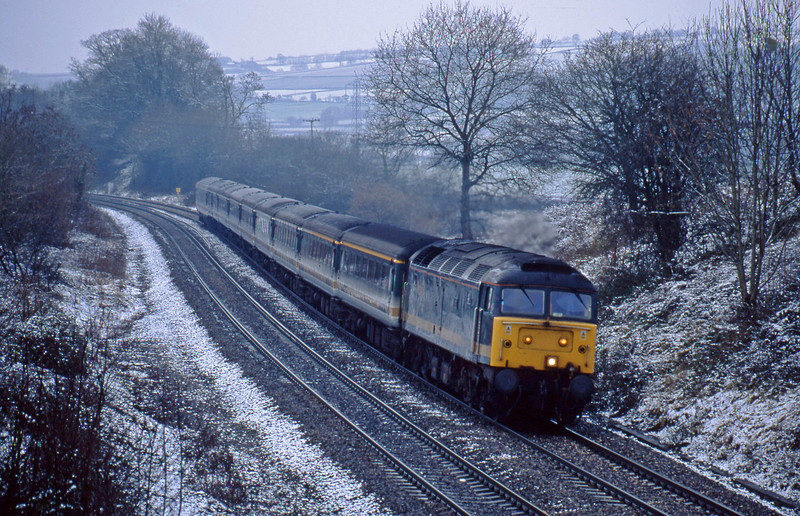 47832, 08.17 Penzance-London Paddington, Whiteball, 29-12-01.