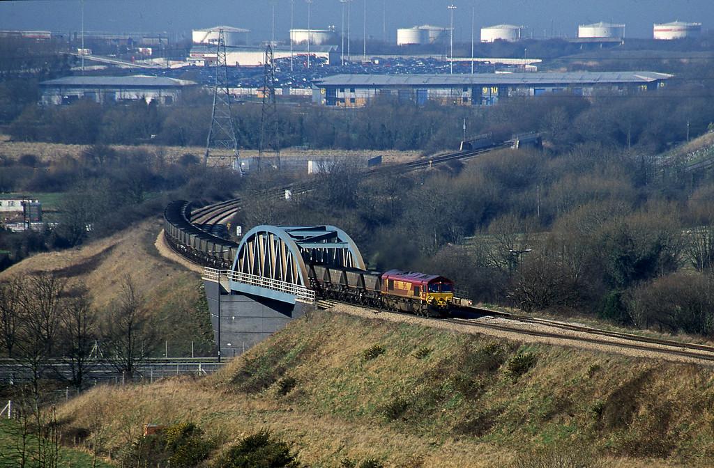 66186, up mgr, Hallen Marsh, Bristol, 14-2-01.