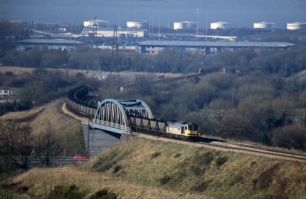 60054, Avonmouth-Didcot Power Station, Hallen Marsh, Bristol, 14-2-01.