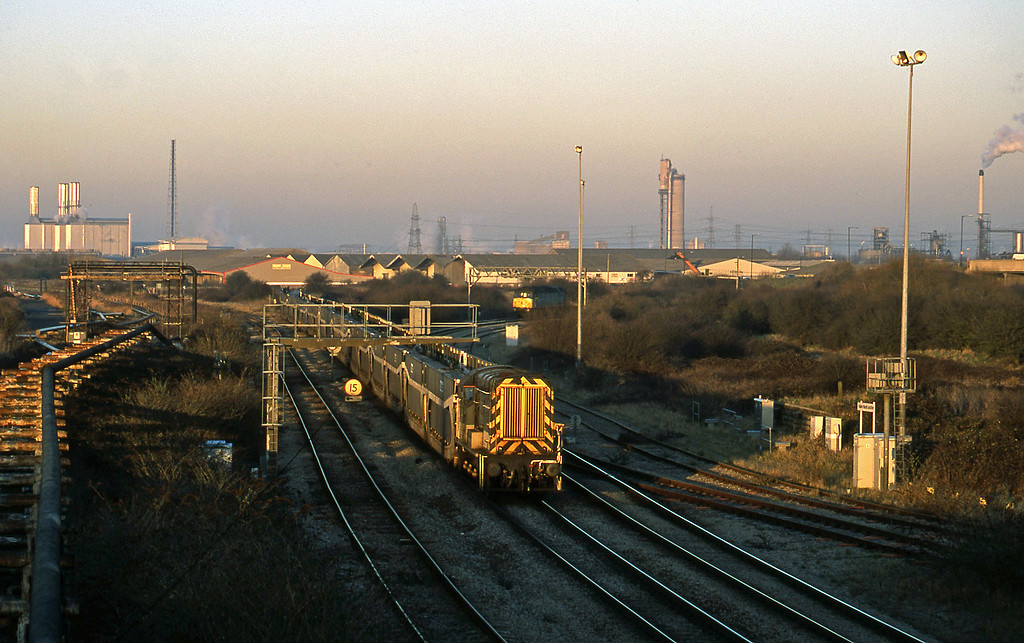 08653, down car carriers, 47361, at signals, Hallen Marsh Junction, Avonmouth, 14-2-01.